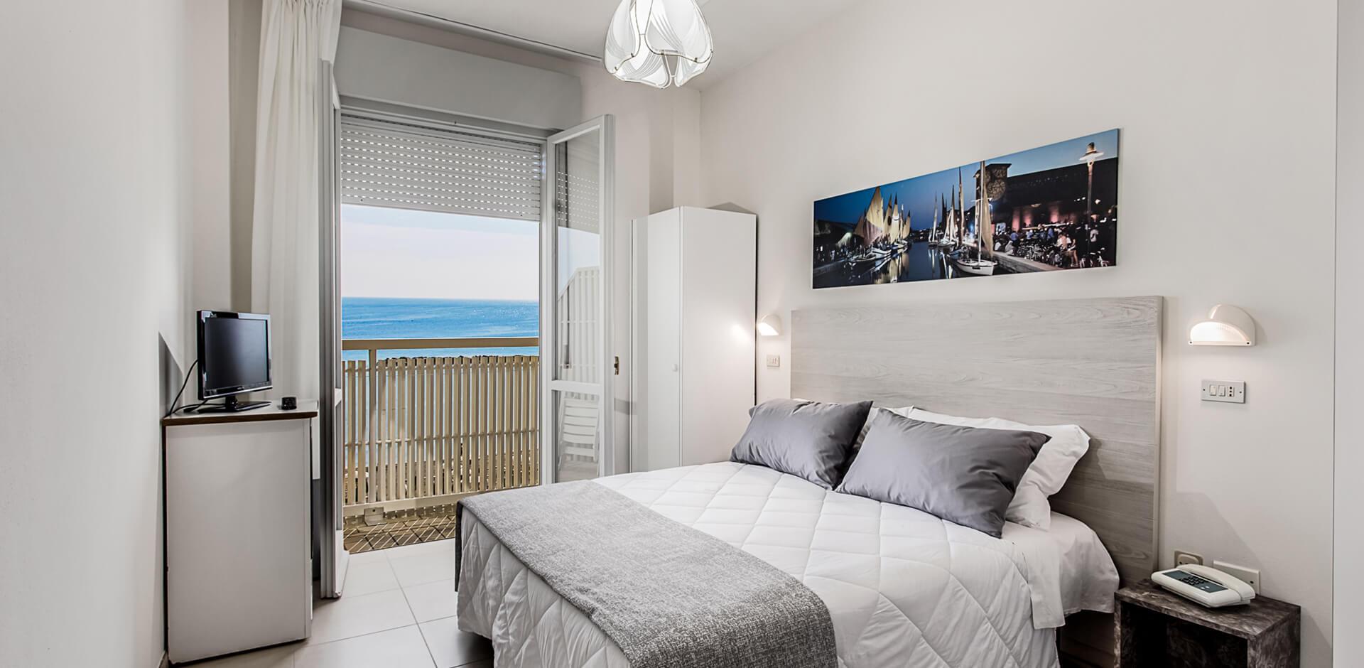 Camere in Hotel Lido di Savio sul mare Albergo Lido di ...
